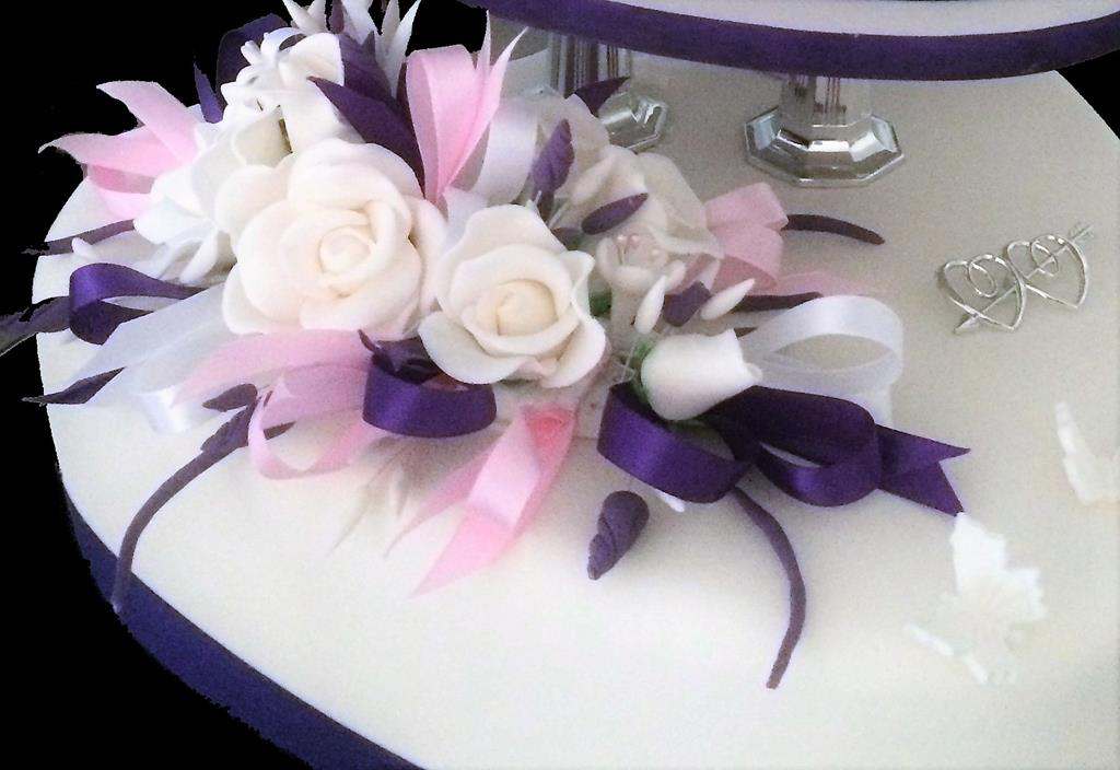 Purple Ribbon Wedding Decoration Cake